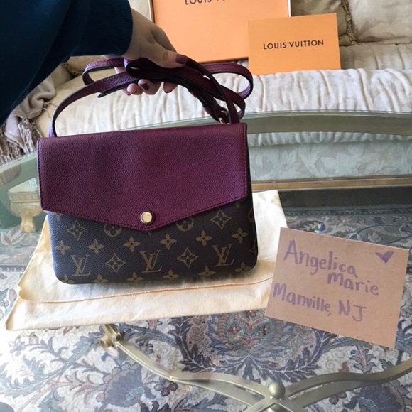 Louis Vuitton Handbags - Louis Vuitton Twice Twinset Berry 23218b4ac7c14